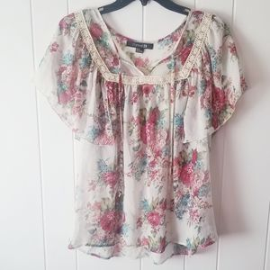 Forever 21 Women's Size M floral Top Blouse